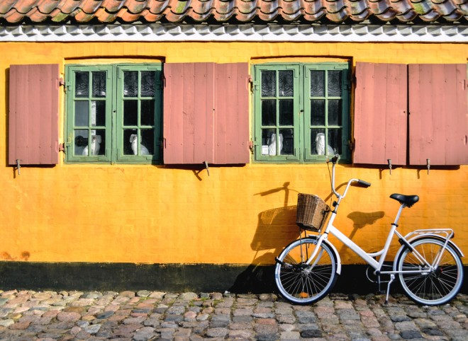 Cykel framför ett hus i Köpenhamn