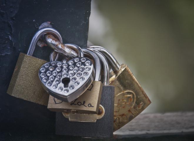 Romantiska lås i Pecs, Ungern.