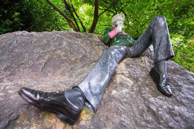 DUBLIN_Oscar Wild statue